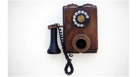 Bell Phone graham bell phone call