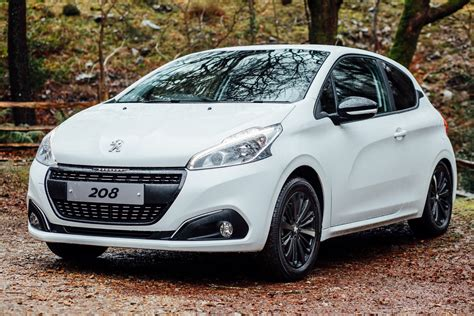 peugeot england peugeot uk introduces 208 black edition autoevolution