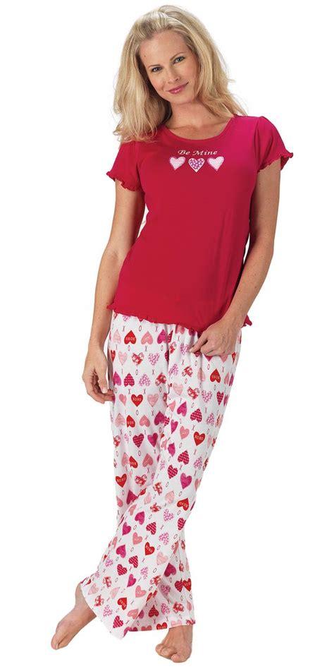 valentines day pajamas be mine tjs s day pajamas from pajamagram 49