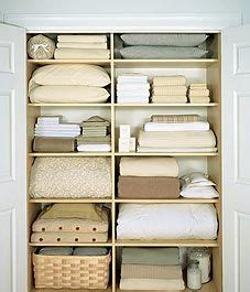 How To Organize Towels In A Closet by 1000 Images About Organizing Linen Closets Closets