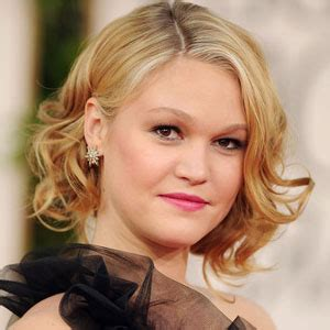 julia styles transgender julia stiles dead 2018 actress killed by celebrity death