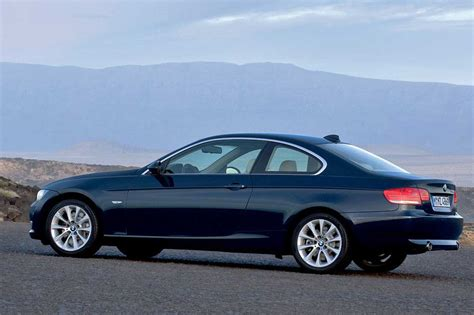 BMW 3 series 330xd 2009   Auto images and Specification