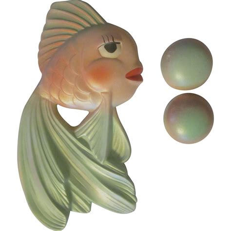 Wall Bubbles New Ceramics By Feinedinge by Miller Studio Chalkware Goldfish Fish With Bubbles Wall