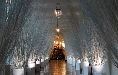 white house decor white house christmas decorations personally chosen by