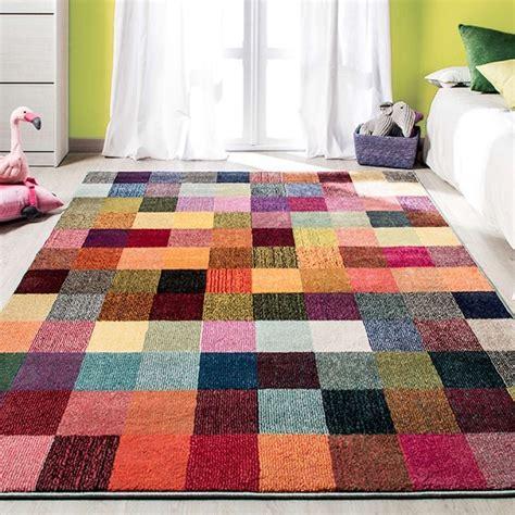 alfombras habitaciones infantiles 12 alfombras juveniles para animar el dormitorio