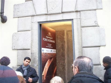 foro romano ingresso ingresso foto di resti foro romano tripadvisor