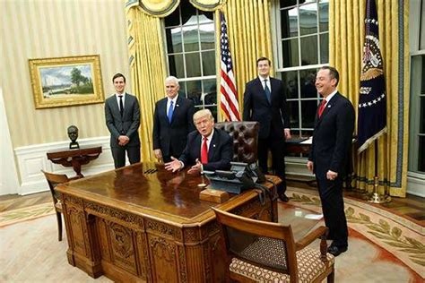 trump oval office redecoration trump trump has already redecorated the oval office and