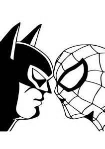 disegno di spiderman contro batman da colorare