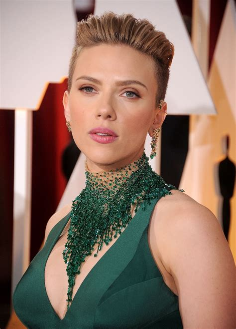 scarlettjohanssonhaircut at the oscars scarlett johansson hair how to copy her style