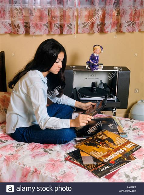a 1970 s teenager s bedroom vintage stereo equipment girl records turntable record player stereo bedroom albums