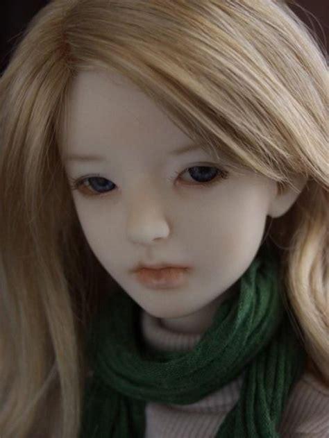 4 pics 1 word porcelain doll sad dolls enjoy friendly