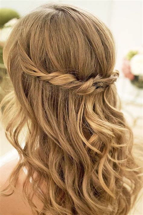 Easy Wedding Hairstyles Bridesmaid by The 25 Best Easy Wedding Hairstyles Ideas On