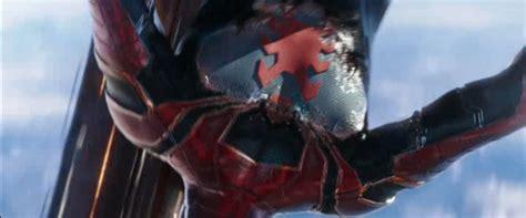 character spider mans suit infinity war nanotech