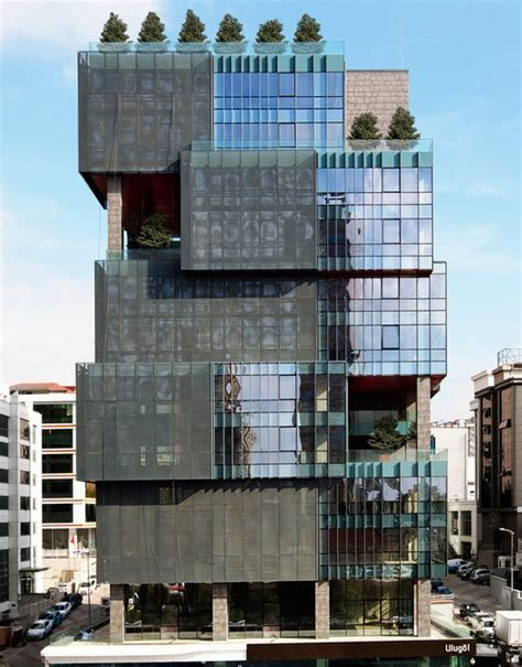 L Building by The Ulug 246 L Otomotiv Office Building Tago Architects