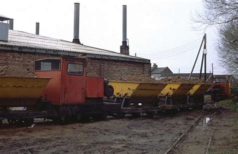 clay trains queuing  cherry orchard lane brickworks