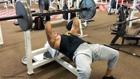 rock bench press how the rock makes a 275 pound bench go a long way