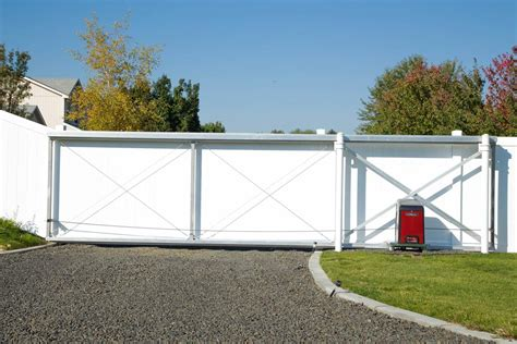 12 Foot Vinyl Gate by Vinyl Driveway Gate Northwest Fence Company