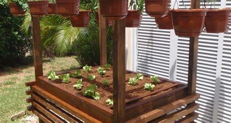 vasi per orto in terrazzo coltivare sul terrazzo orto in terrazzo consigli per