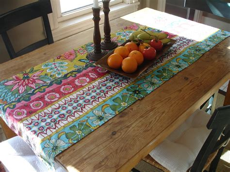 loft cottage diy how to make a no sew table runner