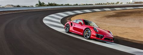 new 60m porsche experience center opens in los angeles