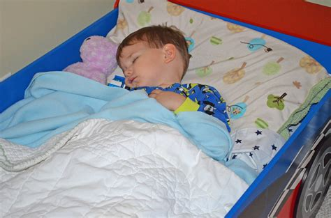boys in bed boy in bed images usseek com