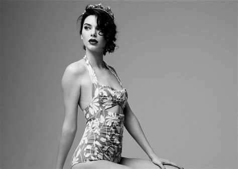 layout twitter kendall jenner kendall jenner backgrounds pictures images