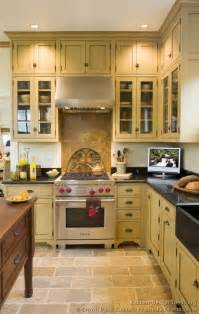 Victorian Kitchen Designs by Victorian Kitchens Cabinets Design Ideas And Pictures