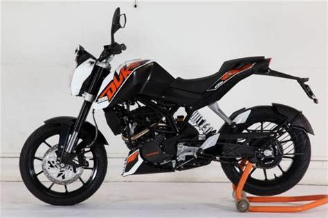 duke bajaj new bajaj ktm duke 200 motorcycles bikes moto and