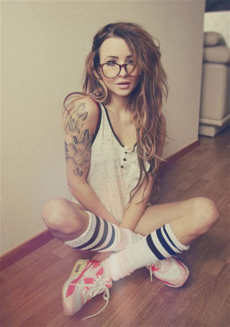 tattoo arm girl tumblr jewels tumblr fashion style street swag girl