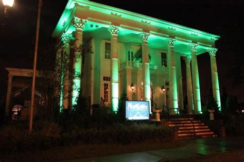 the mortuary haunted house new orleans louisiana the mortuary haunted house photo picture image