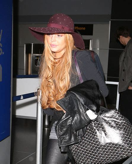 Lindsay Lohan Goes To Rehab Again by Dlisted Bananas Eat Them 5