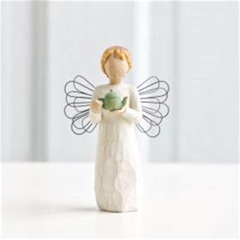 angel of comfort willow tree willow tree angel of comfort angeltreestore com
