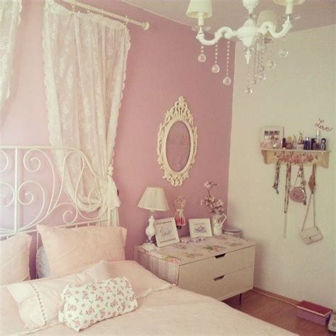 pink vintage bedroom on pinterest beds bedrooms and colors kawaii pastel pink bedroom h home sweet home