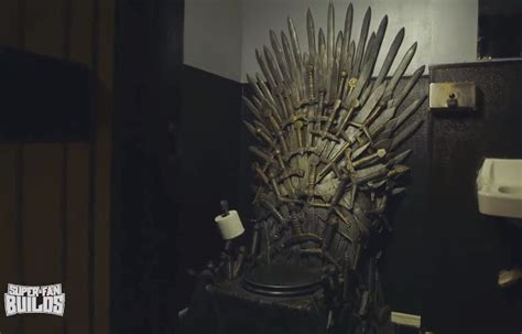game of thrones toilet game of thrones fan gets iron throne toilet built geekologie