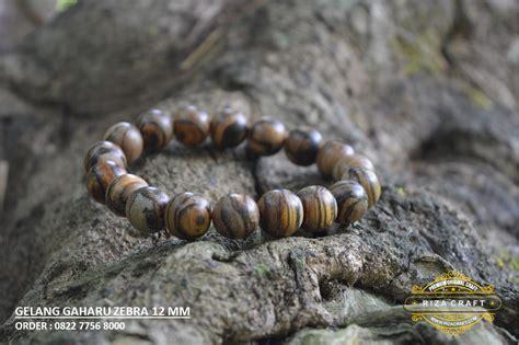 Gelang Tasbih Muslim Gaharu Zebra 6 Mm jual gelang tasbih kayu gaharu asli wangi king