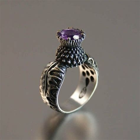 omg i this scottish thistle ring want style