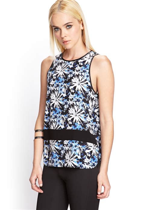 Tangtop Wanita Forever 21 forever 21 floral print tank top in blue black white lyst