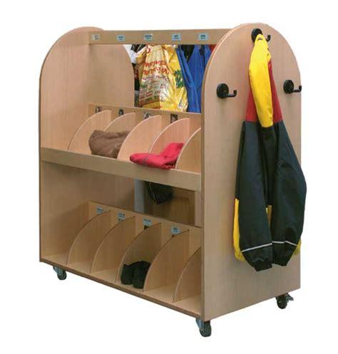 foyer kita fahrbare garderoben garderobe foyer einrichten