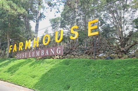 Gembok Cinta Di Farmhouse Lembang the candra s familie rumah hobbit di farm house lembang