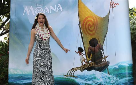 film disney hawaii what families can expect from disney s new moana film