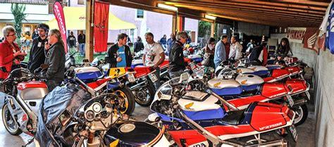 Motorrad Leihen Italien by Motorradhotel In Truden S 252 Dtirol S 252 Den