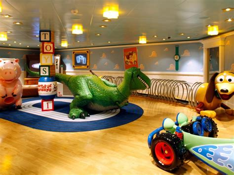 themes toy story top baby boy room ideas