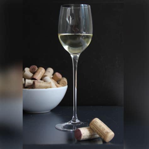 White Wine Glasses Set Of 4 Stem White Wine Glasses Martinka