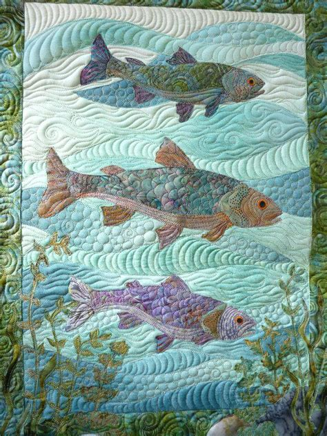 quilt pattern kissing fish fish bowl quilt block pattern free paper pieced fish quilt