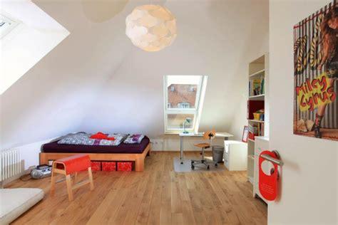 Kinderzimmer Unterm Dach Gestalten by Kinderzimmer Unterm Dach Die Neuesten Innenarchitekturideen