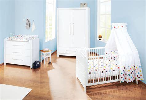 arredare neonato cheap come arredare la cameretta dei neonati with come