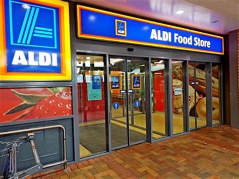 aldi store dural mall round corner nsw australia
