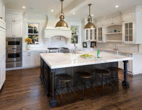 White Kitchen Cabinets With Black Island 1000 Ideas About Kitchen Island With Sink On Pinterest