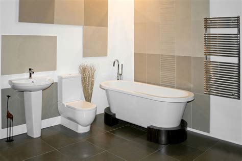 a glimpse into the types of soaking tubs for small bathrooms
