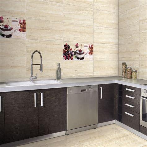 hermosa azulejos  paredes de la cocina uk imagenes